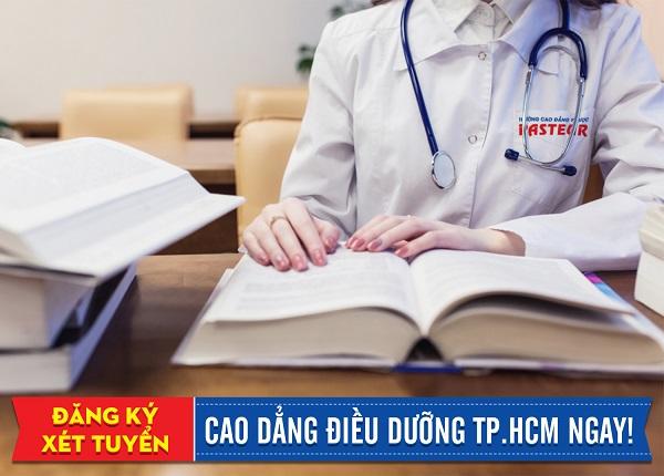 Học Cao đẳng Điều dưỡng tại Trường Cao đẳng Y Dược Pasteur năm 2019