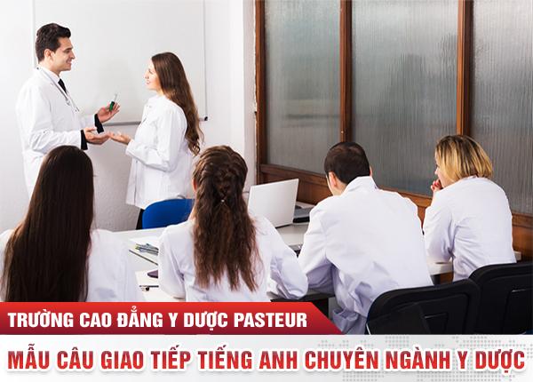 Lớp học tiếng Anh tại Trường Cao đẳng Y Dược Pasteur