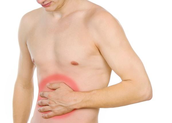 Tình trạng đau bụng dưới cạnh sườn xảy ra ở nam và nữ