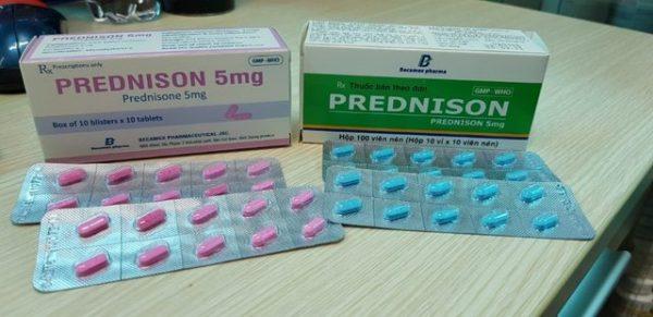 Trước khi sử dụng thuốcPrednisone người bệnh nên tham khảo ý kiến bác sĩ