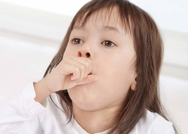 Trẻ bị viêm họng nên ăn gì?