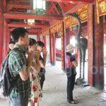 Nhiều học sinh 12 đã lên chùa cầu may mắn cho kỳ thi thpt quốc gia