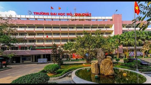 1000 Chi Tieu Tuyen Sinh Bo Sung Vao Dh Mo Dia Chat Nam 2019