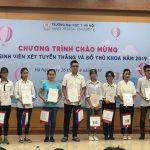 Lộ diện 10 thủ khoa xuất sắc Đại học Y Hà Nội năm 2019