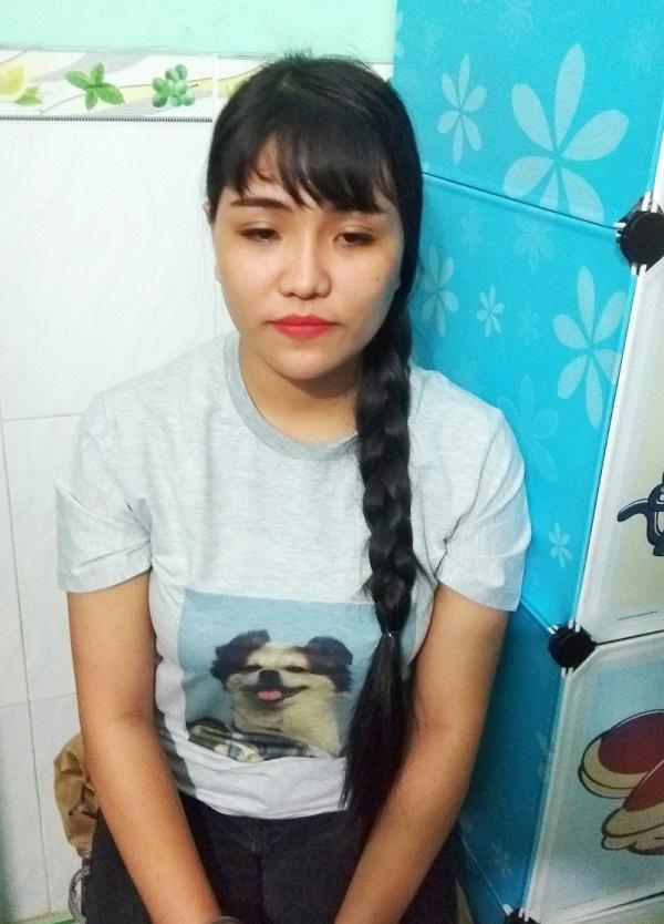 Bat Hotgirl Cam Dau Duong Day Thi Ho Chung Chi Tin Hoc Ngoai Ngu