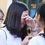 Sinh viên khóc thét với lời nhắn nhủ của giảng viên trong đề thi