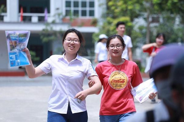 Cac Truong Dong Loat Lui Thoi Gian Tuyen Sinh Dh Nam 2020