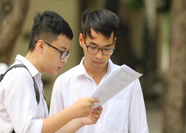 Dau Thang 05 Dai Hoc Cong Bo Mau De Thi Rieng Nam 2020 (2)