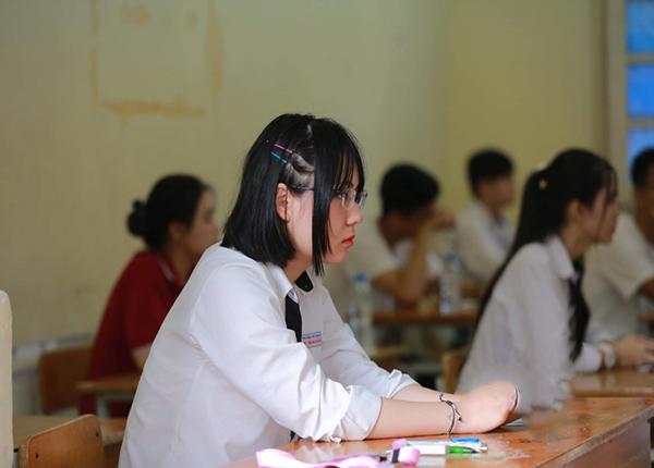 Khau De Tieu Cuc Trong Ky Thi Tot Nghiep Trung Hoc Pho Thong 2020 (3)