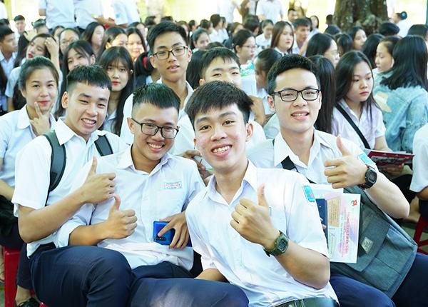 Bo Gddt Chiu Trach Nhiem Chi Dao Ky Thi Tot Nghiep 2020 (2)