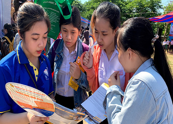 Neu Huy Thi Tot Nghiep Cac Truong Dhcd Co Tuyen Sinh Duoc