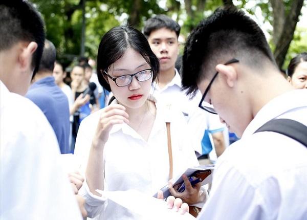Tuyen Sinh 2020 Trung Tuyen Dai Hoc Qua De Dang