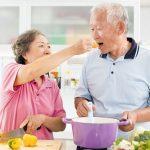 Chế độ dinh dưỡng hợp lý cho người sau đột quỵ