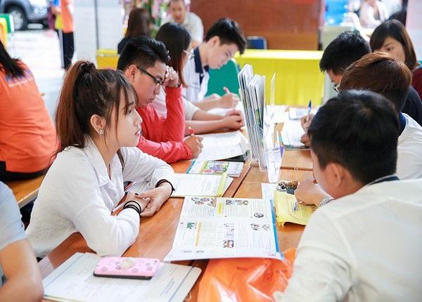 Tuyen Sinh 2021 Hang Loat Cac Nganh Hoc Moi Ra Doi (2)