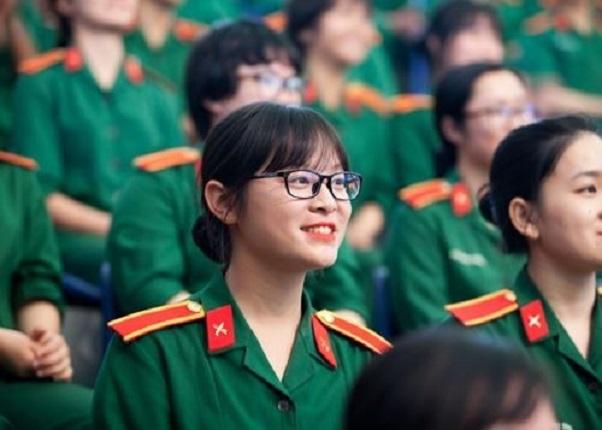 Tuyen Sinh 2021 Nhieu Truong Quan Doi Ap Dung Tieu Chi Phu